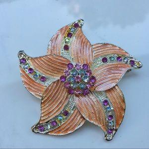 Flower 🌸 brooch vintage enamel metal silver